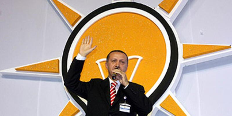 """AK Parti'de """"8 fire"""" tartışması"""