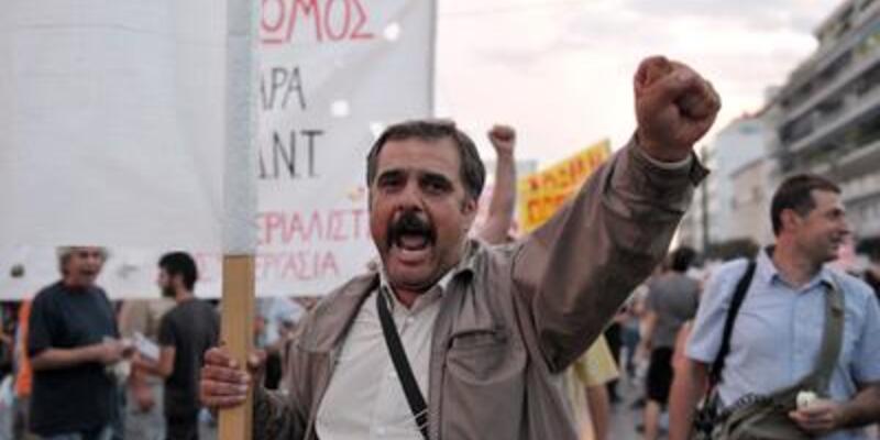 Yunanistan'da işsizlik oranı yüzde 25'i geçti