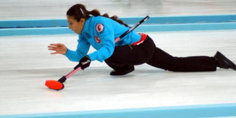 Curling'de ikisi bir arada