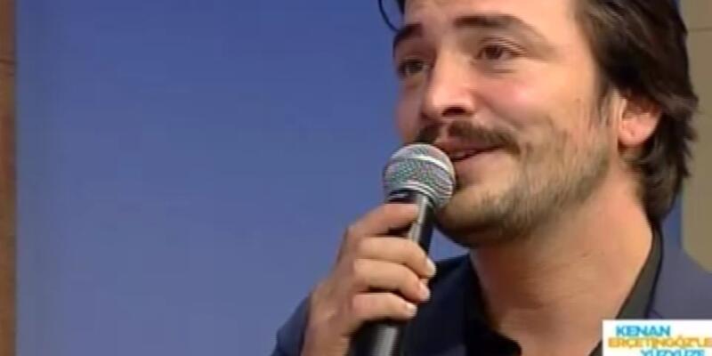 Ahmet Kural canlı yayında şarkı söyledi