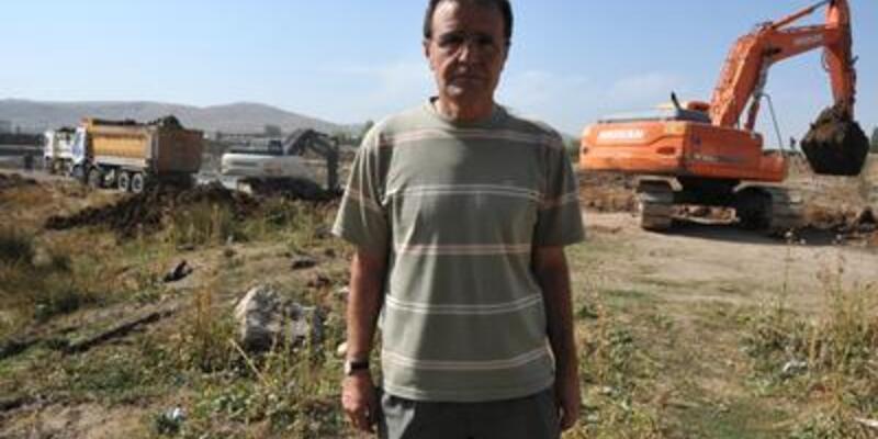 Sivas'ın yeni stadı için ilk kazma vuruldu