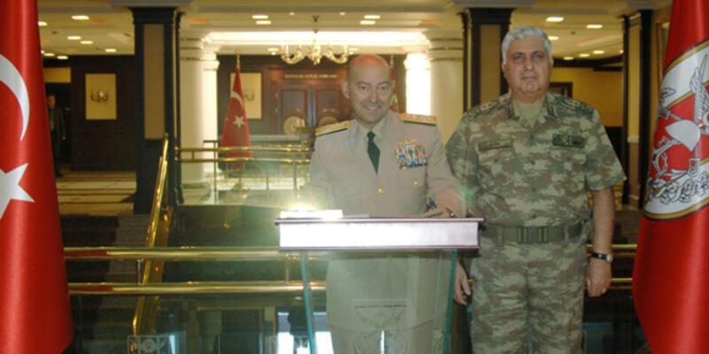NATO Komutanı Ankara'da