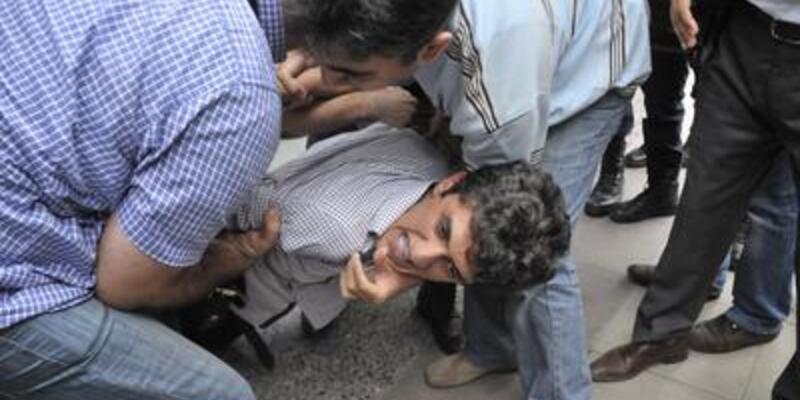 Mersin'deki zam protestosunda arbede!