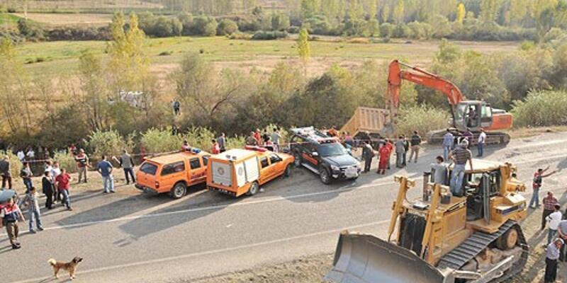 Gümüşhane'de trafik faciası: 10 ölü