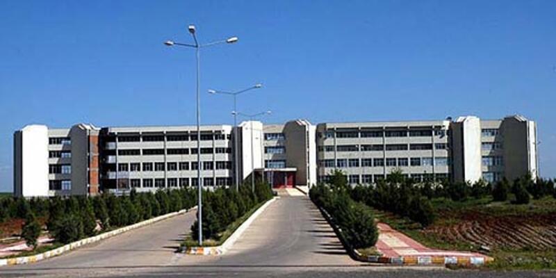 Dicle Üniversitesi'nde iki profesör istifa etti