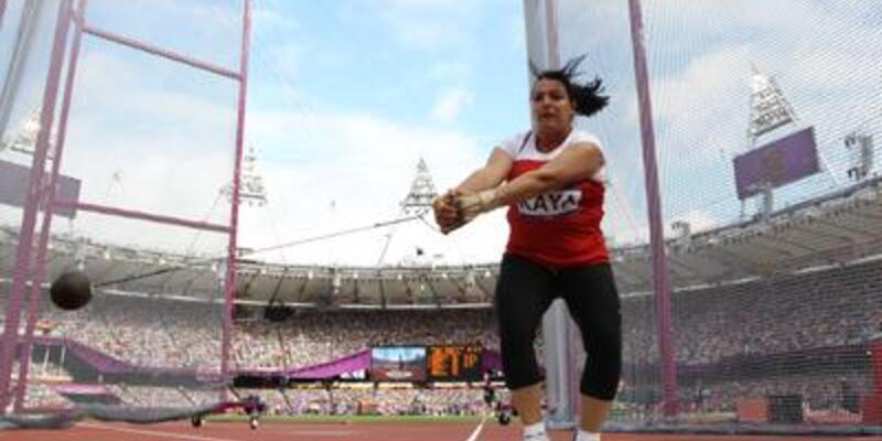 Çekiç atmada iki Türk sporcu da elendi