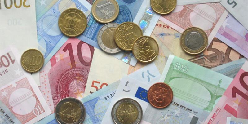 """AB liderleri """"120 milyar euro""""da anlaştı"""