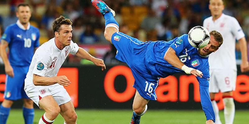 İtalya penaltılarda güldü