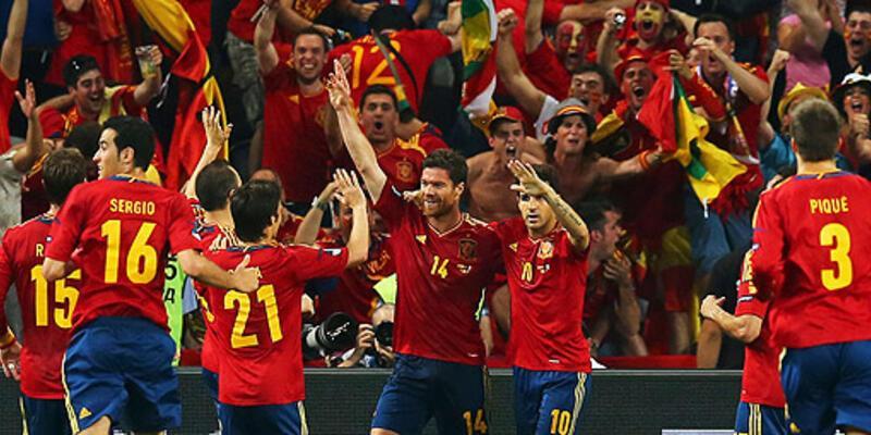 İspanya, Fransa'yı yürüyerek yendi!
