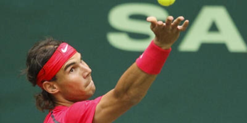 Nadal İspanya bayrağını kaptı