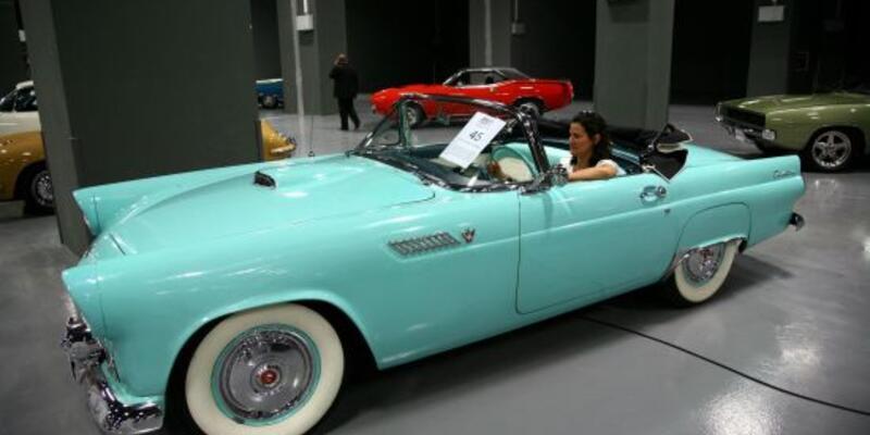Marilyn Monroe'nun arabası 185 bin liraya gitti