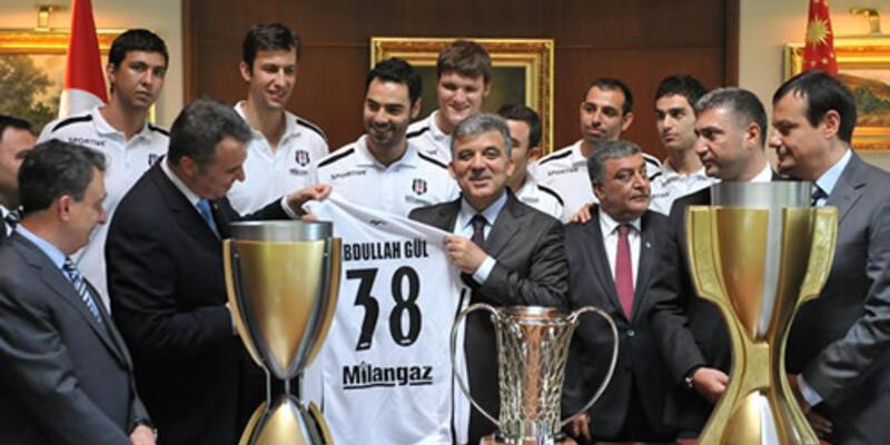 Üç kupayla Cumhurbaşkanı'nın huzurunda