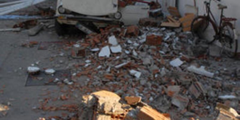 Ölüdeniz ve Simav'da deprem