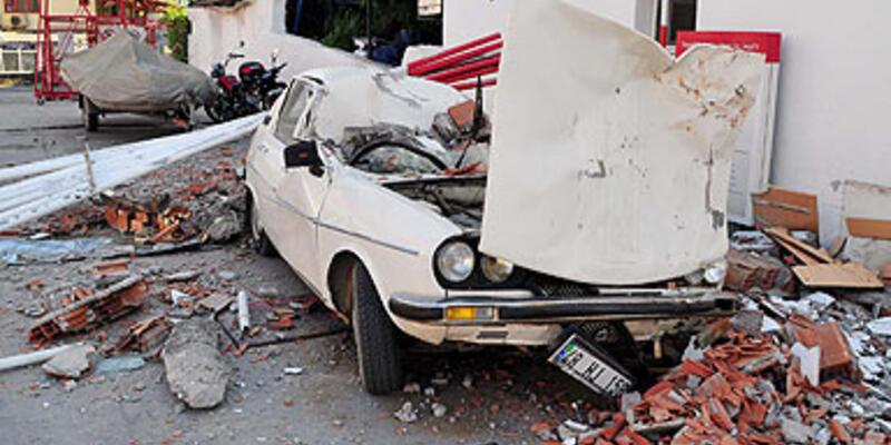 Ölüdeniz'de şiddetli deprem