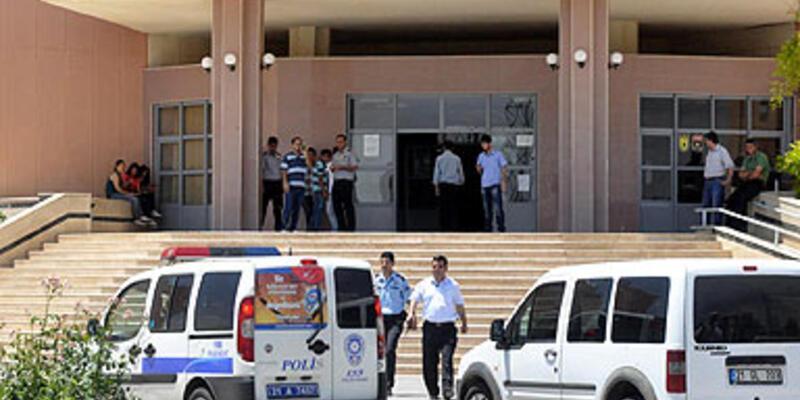 Üniversiteye bombalı saldırı
