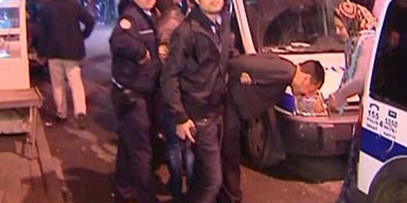 Polisle esnaf arasında arbede: 3 yaralı