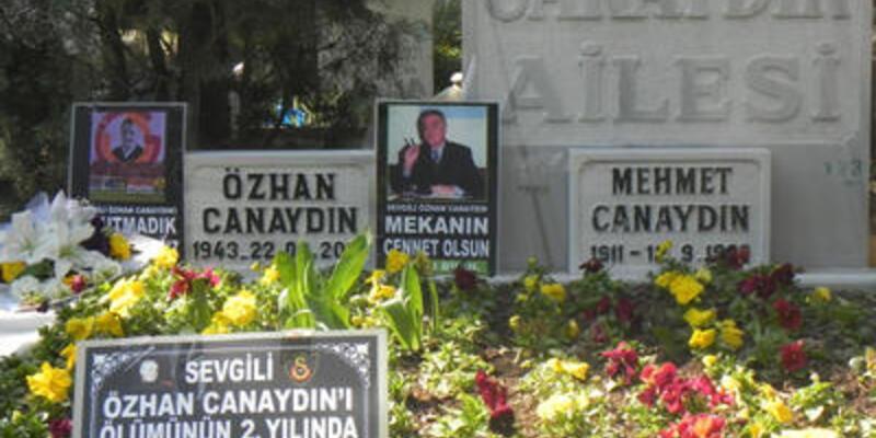 Özhan Canaydın mezarı başında anıldı