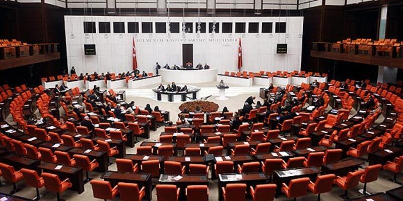 AK Parti'den ''Ankara'dan ayrılmayın'' uyarısı