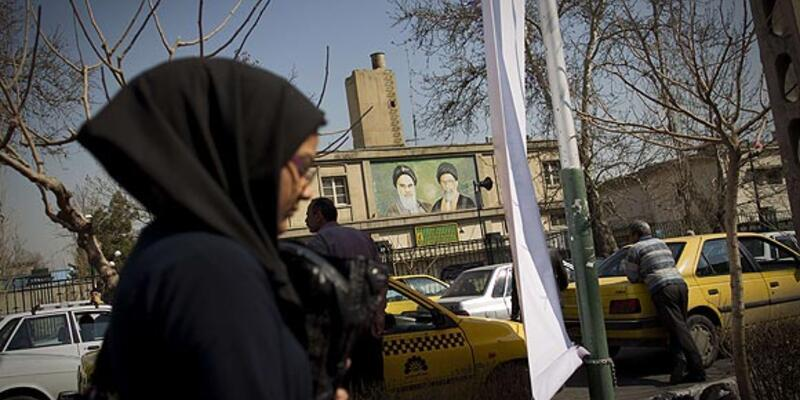 İran seçime giderken, gençlerin umudu az