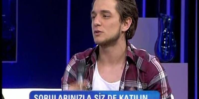 "Sercan Badur'dan canlı performans ""Helvacı"""
