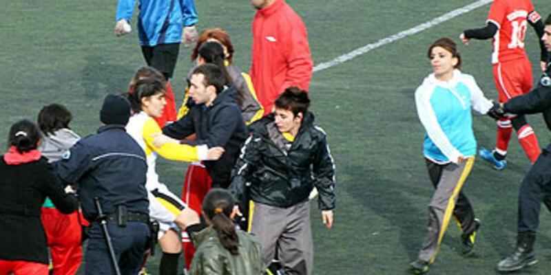 Kadın sporculara dayağa savunma