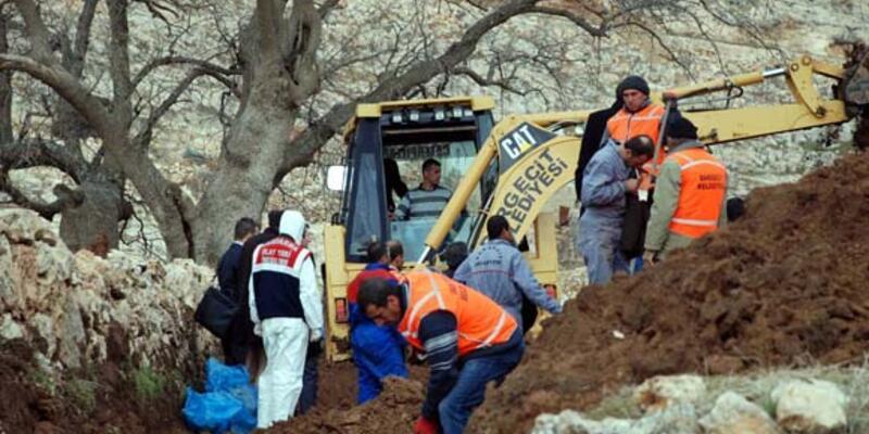 Dargeçit'te 4 kişiye daha ait kemikler bulundu