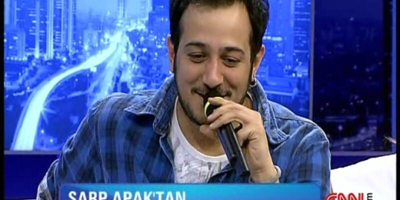 Sarp Apak'tan canlı performans