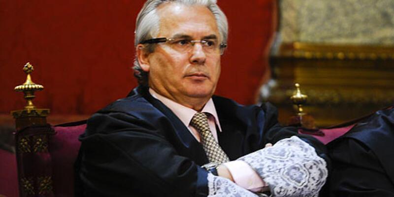 İspanya'nın ünlü yargıcı görevden alındı