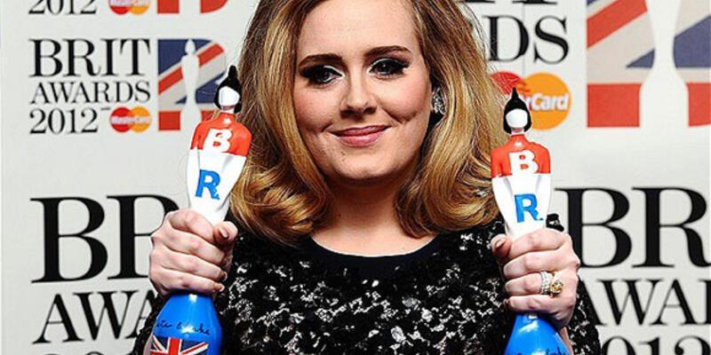 Brit Ödülleri'nin galibi Adele oldu