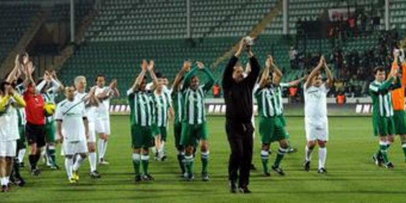 Bursaspor Velez Mostar'ı 2-0'la geçti