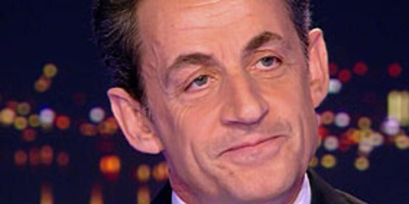 Sarkozy, adaylığını resmen açıkladı
