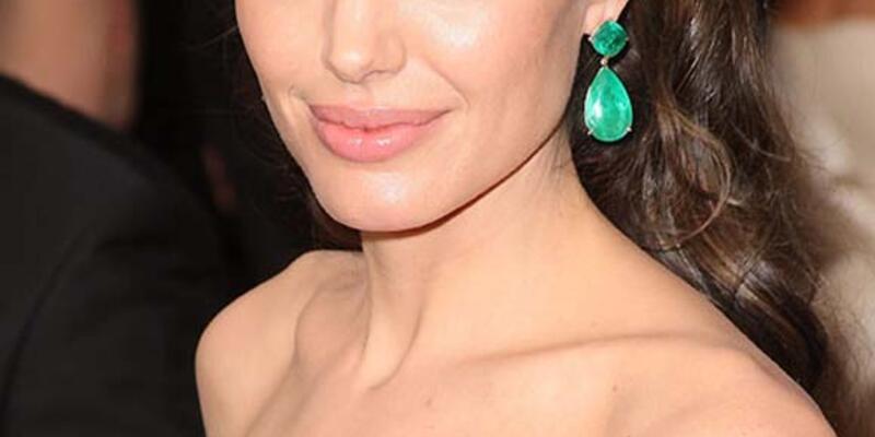 Oscar'ları dağıtanlar arasında Angelina Jolie de olacak