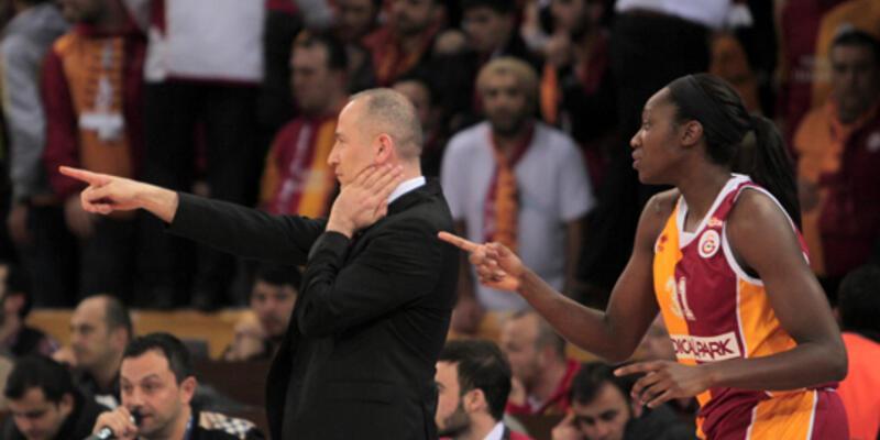 Fenerbahçe, Galatasaray'a fark attı