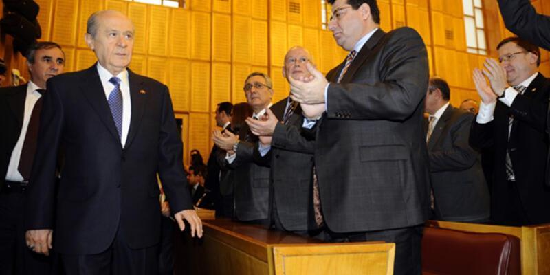 """Bahçeli: """"AKP, Suriye'ye müdahaleye destek oluyor"""""""