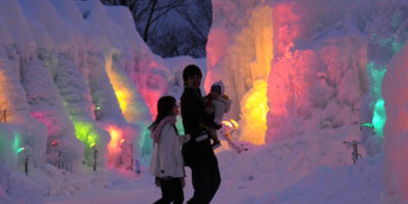 Japonya'da kar festivali zamanı!