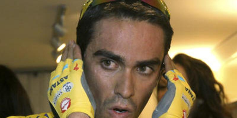 Contador'a iki yıl men cezası