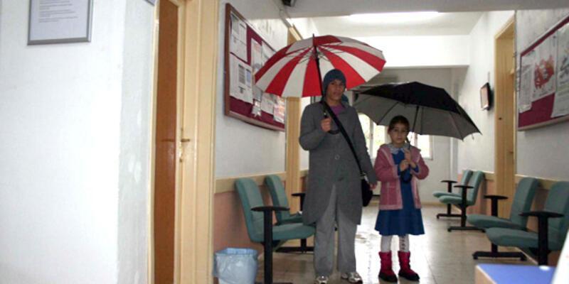 """""""Yağmurlu havada dikkat"""" kliniği"""