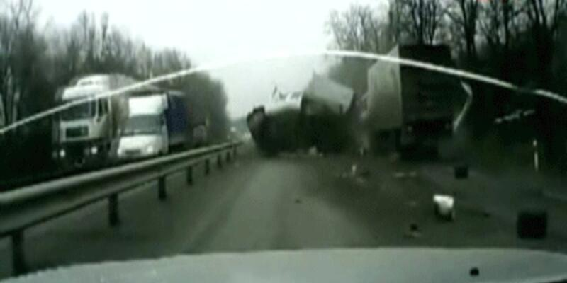 Rusya'da akıl almaz kaza
