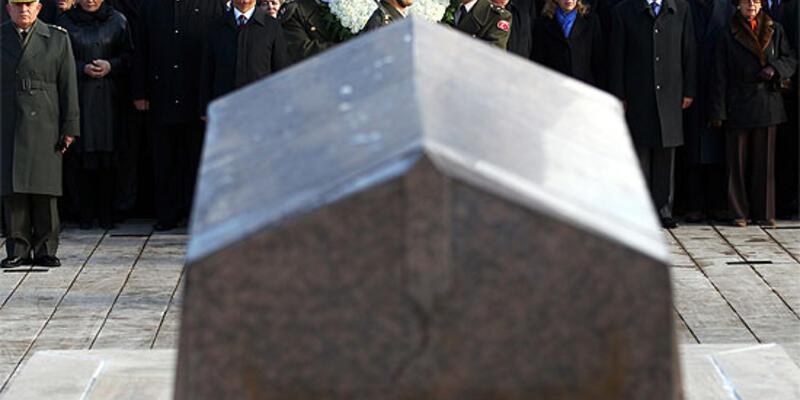 İsmet İnönü 38. ölüm yıldönümünde anıldı
