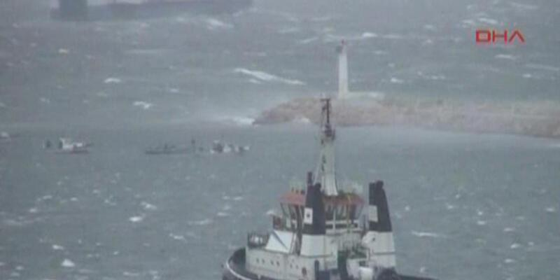 Tanker dalgalarla başa çıkamadı