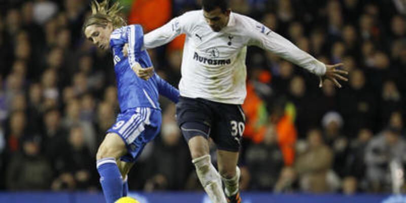 Tottenham ile Chelsea el ele intihar etti!