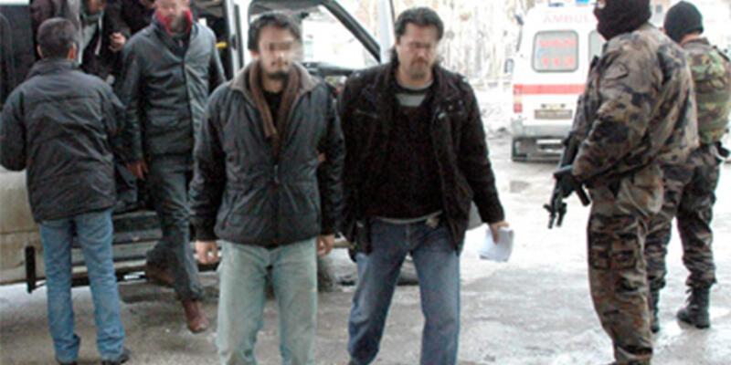 Gazetecilere KCK baskını