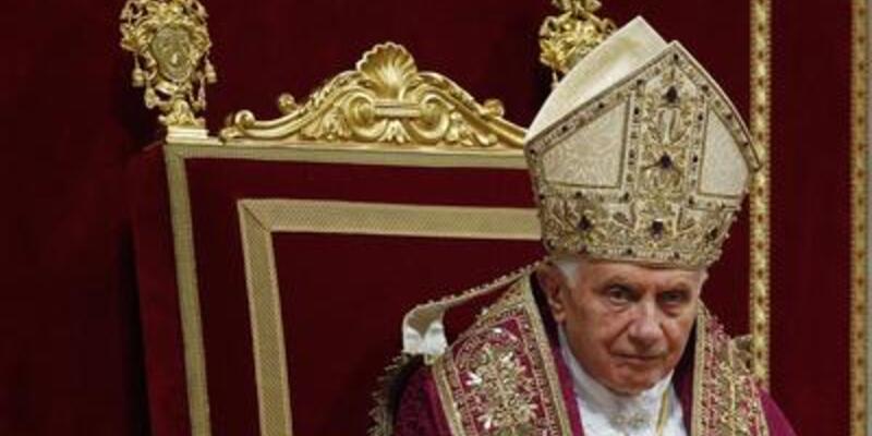 Vatikan'ın porno telaşı!