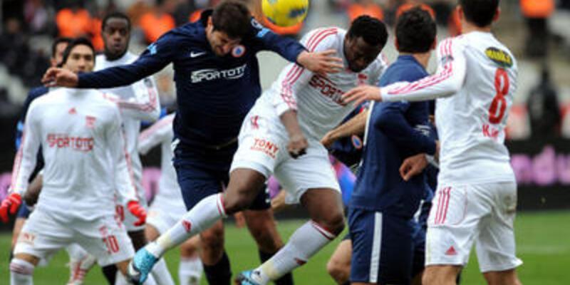 Sivasspor 1 puanla döndü