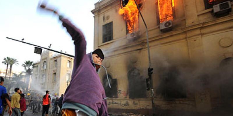 Mısır'da bir tarih yandı!..