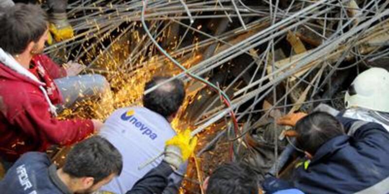 Nevşehir'de cami inşaatı çöktü