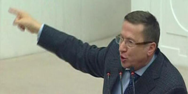 AK Parti ile MHP arasında 'vuvuzela' tartışması