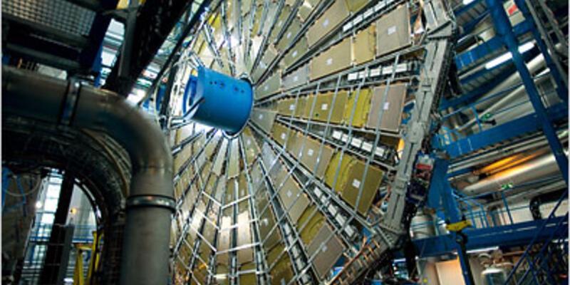 Nefesler tutuldu, gözler CERN'de...