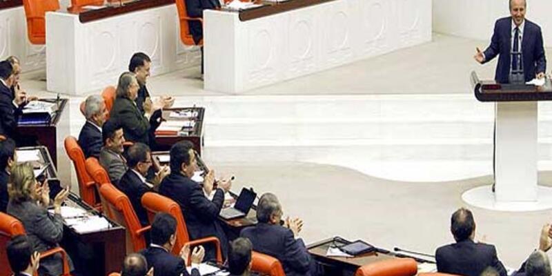 AK Partililer Muharrem İnce'yi alkışladı