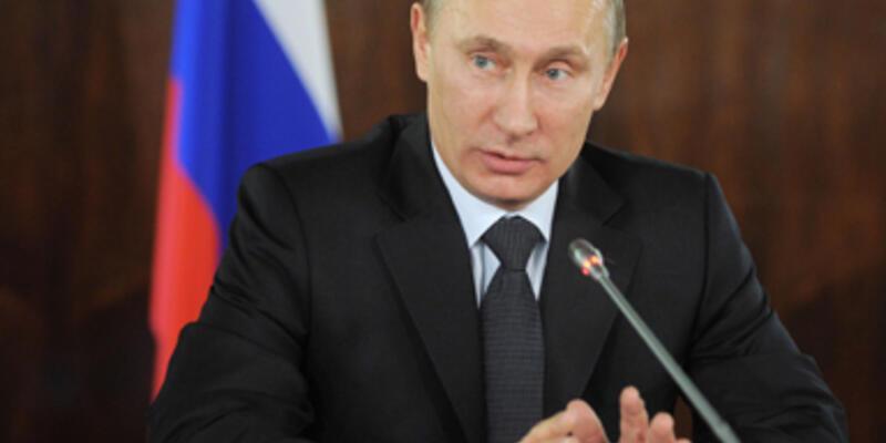 """""""Hillary işaret verdi, Rusya karıştı"""""""